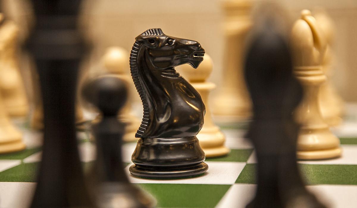 chess knights chessboard