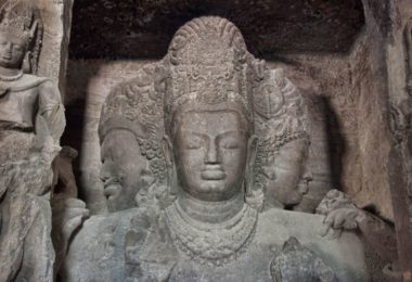 trimurti in elephanta caves story