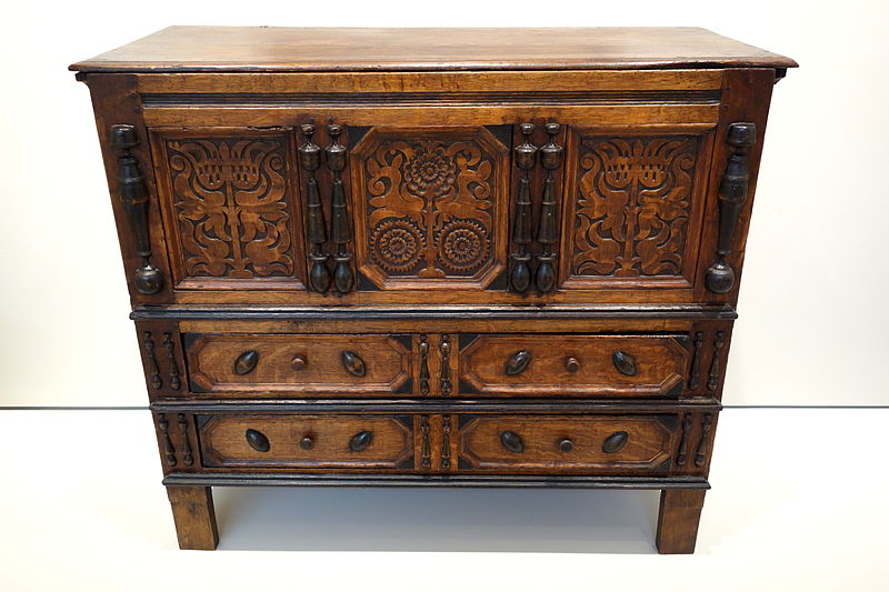 chest with two drawers oakwood