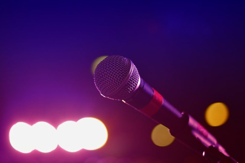 Open mic stage microphone lights
